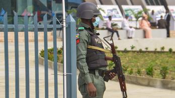 Nigériában vadásznak a terroristákra