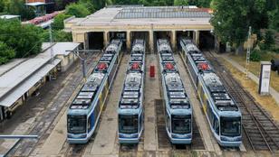 Lázár János gyorsaságot ígér, de csak óránként jár majd a tram-train