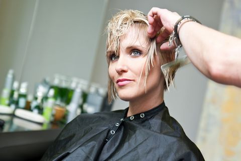 Ez a frizura tartja most lázban a tépett fazon rajongóit: rövid, de nagyon nőies
