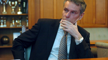 Szilvásy György: A Fidesz a saját világát filmesítette meg az Elkxrtukban