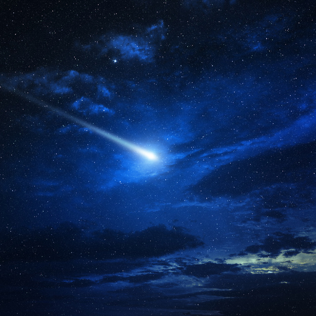 Tűzgömbnek hitték a látványos égi jelenséget, kiderült, hogy egész más volt: videó is készült róla