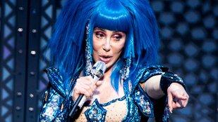Cher és a kurtizánok áriája