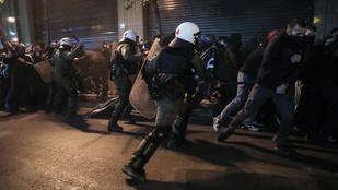 Görögország több városában összecsaptak tüntetők rendőrökkel
