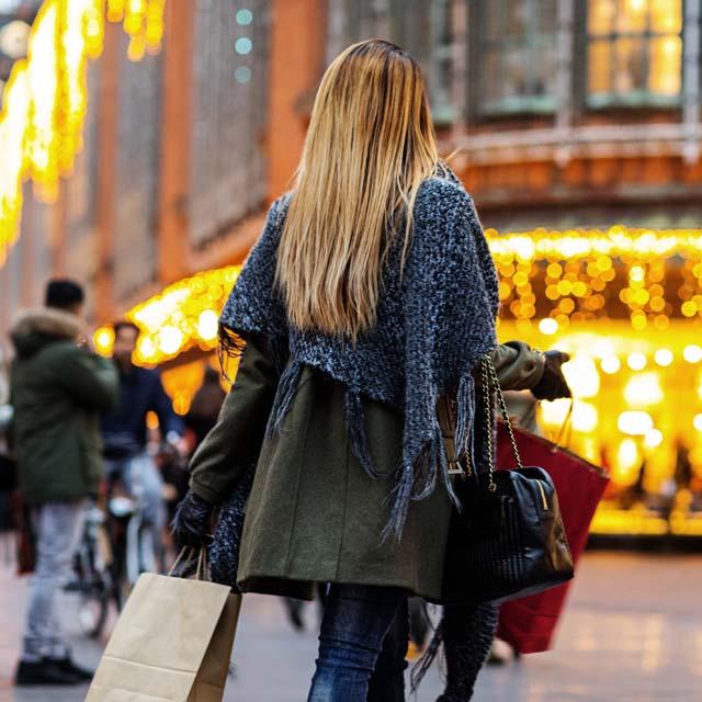 Drágább lesz idén a karácsony: ekkora áremelkedés várható az üzletekben