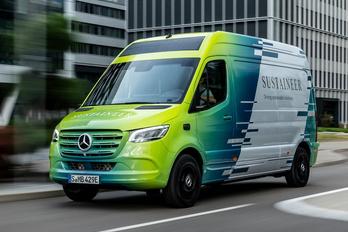 A Mercedes így képzeli a környezetbarát furgont