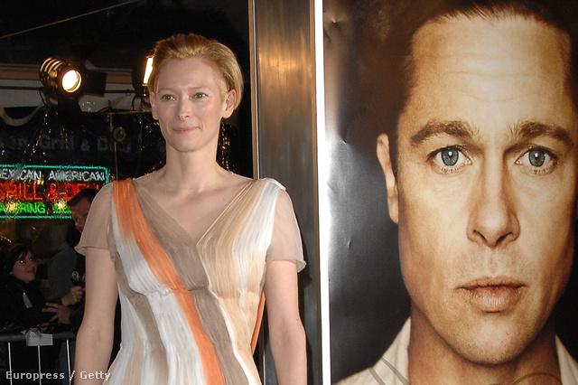 Tilda Swinton a Benjamin Button különös élete című film premierjén