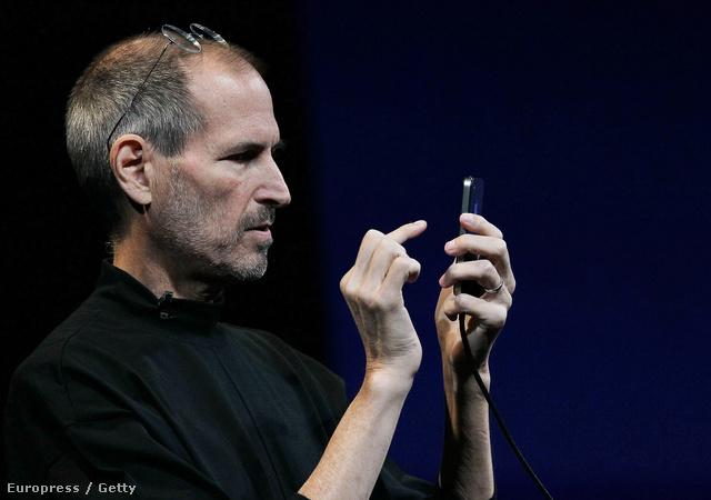 Steve Jobs az iphone4 bemutatóján