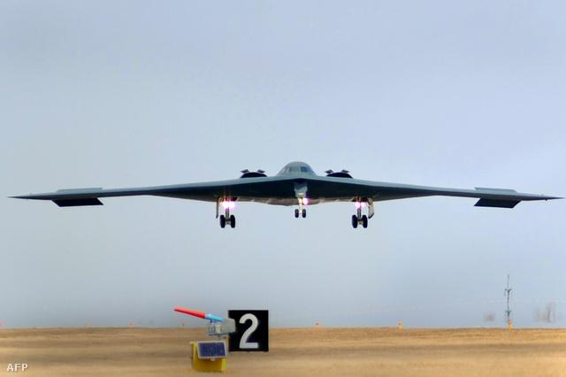 B-2 lopakodó