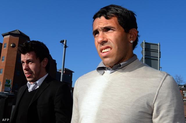 Carlos Tevez a manchesteri kerületi bíróság előtt