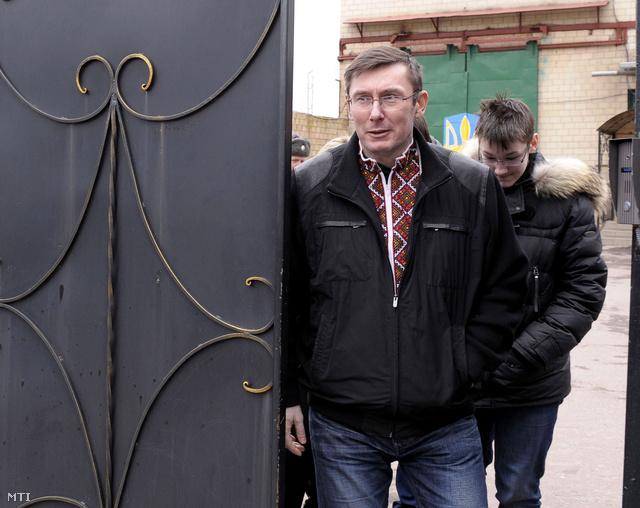 Lucenko április 7-én távozhatott a csernyihivi börtönből