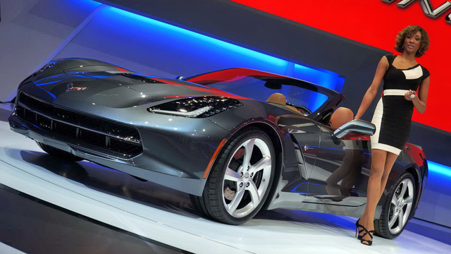 A Stingray kabrió a Genfi Autószalonon