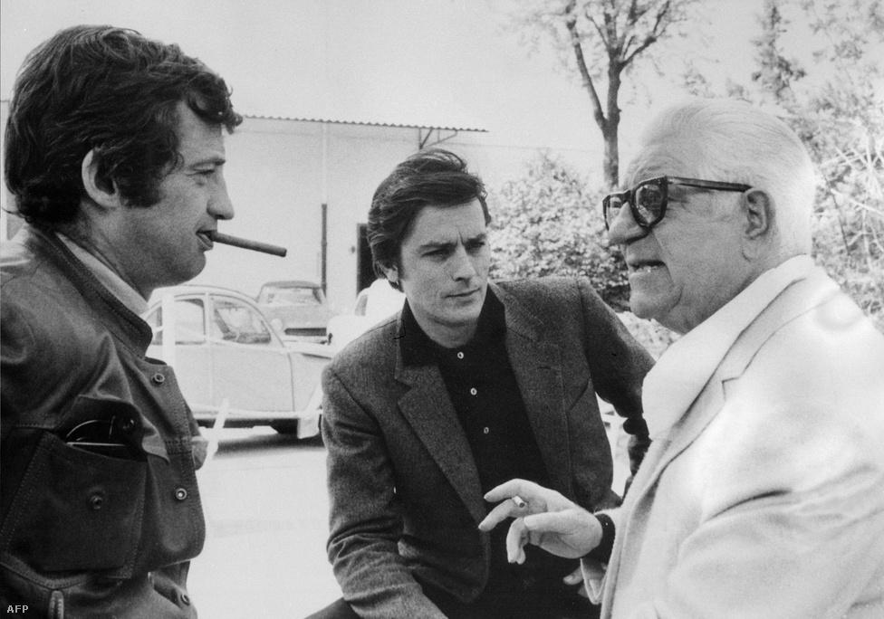 A francia mozi három legendája: Belmondo, Alain Delon és Jean Gabin. Delon és Belmondo először az 1958-as Légy szép és tartsd a szád! című filmben játszottak együtt, amit számtalan közös munka követett. Barátságuk azonban nem volt töretlen, egy időre meg is szakították a kapcsolatot.