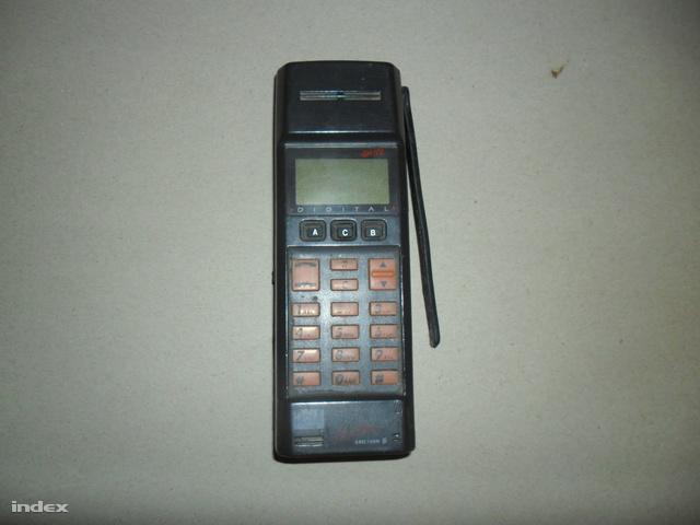 SAM 3012
