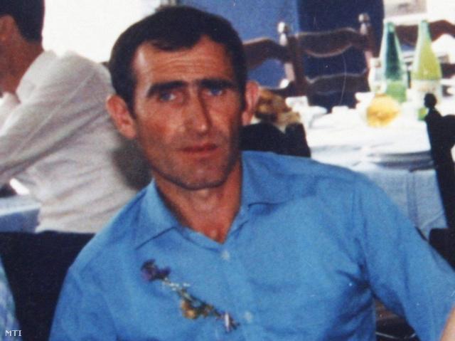 A szerbiai médiában a gyilkosságok elkövetőjeként említett Ljubisa Bogdanovicról készült fotó