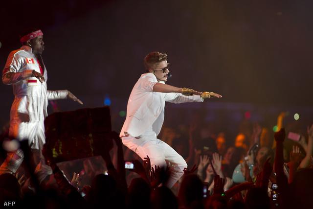 Justin Bieber szombati, hollandiai fellépése