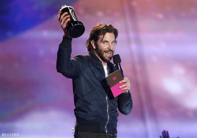 Legjobb férfialakítás: Bradley Cooper
