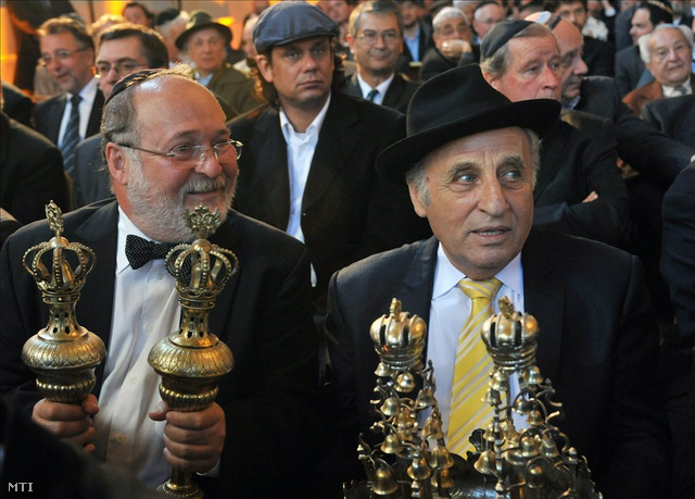 Feldmájer Péter és Zoltai Gusztáv a 190 éves, felújított óbudai zsinagóga újraszentelésén