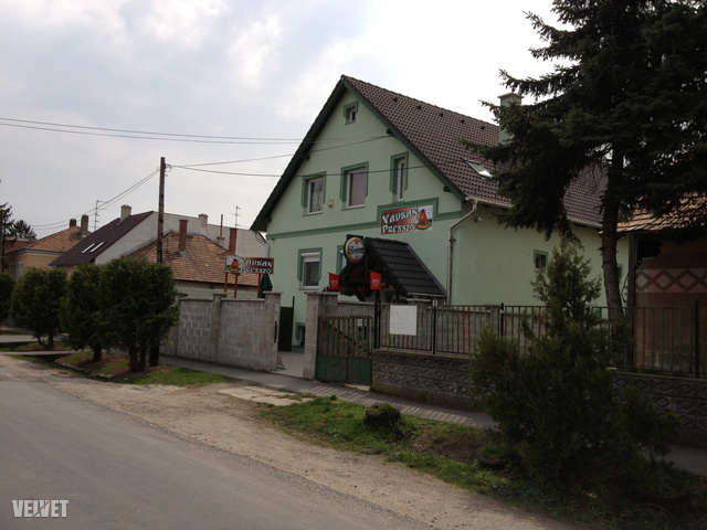 A Vadkan presszó a Bercsényi ligetben.