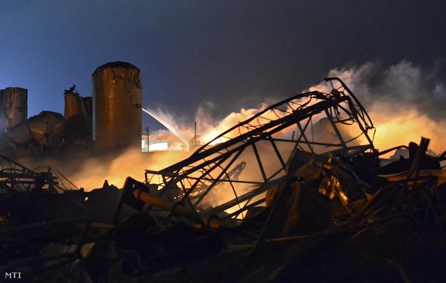 Az első fotó a pusztításról.