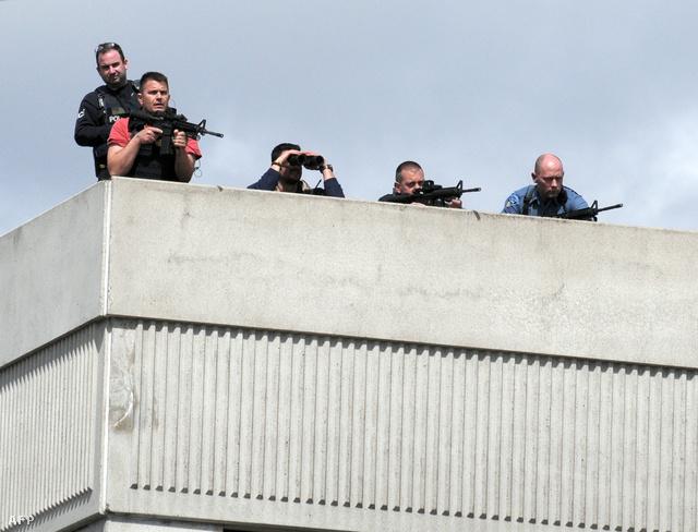 Több száz rendőr és kommandós vette körül Dzsokar Carnajev rejtekhelyét.
