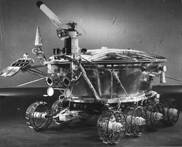 lunokhod-1-moon-rover