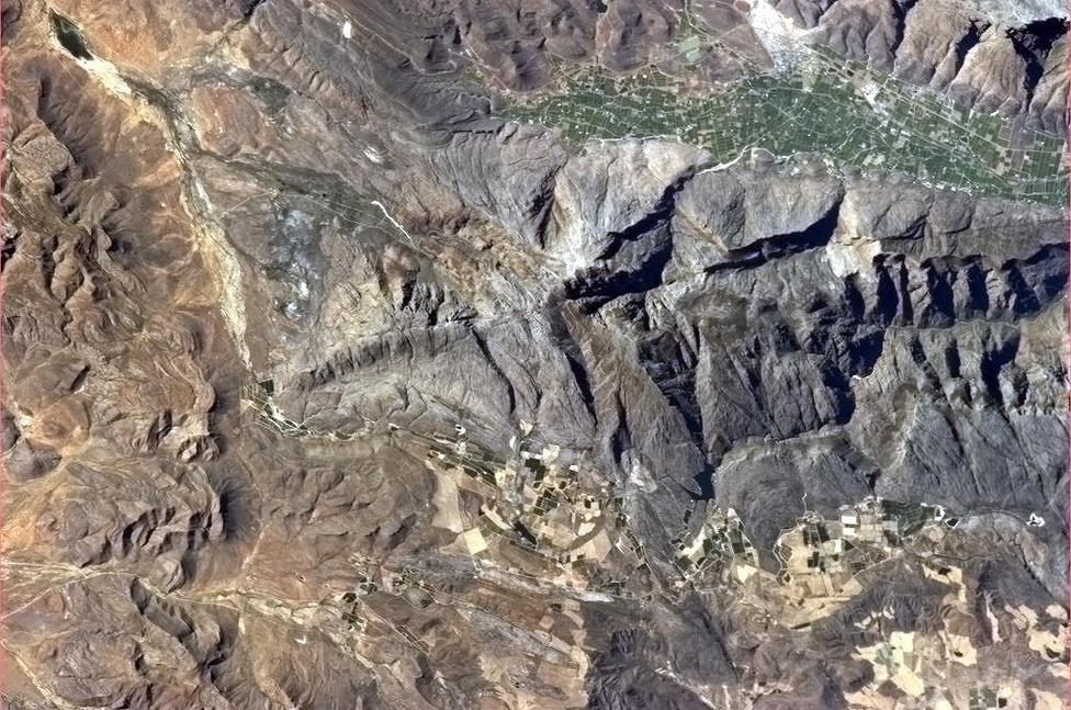A törésvonalakat is látni az űrből, például Dél-Afrikában
