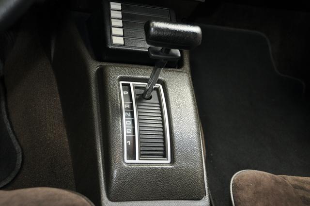 A háromsebességes GM-automata selymesen és puhán váltott, de sietségre bírni sok noszogatással járt