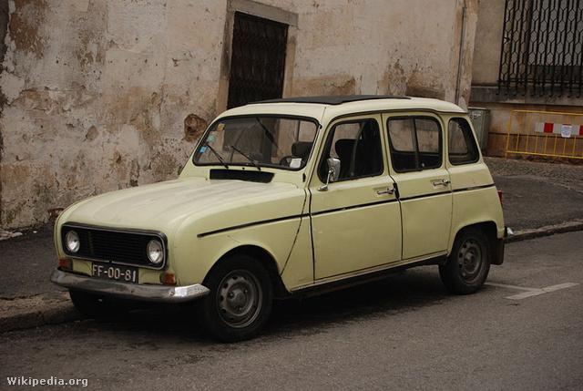 Ez az egyik autótípus a három közül, amit Anna egy mániás szakaszában megvásárolt.
