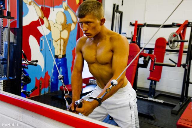 tk3s bm bodybuilders 01176327