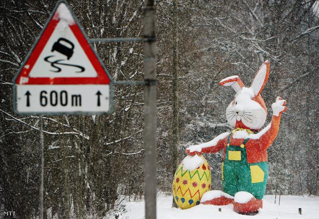 Húsvét előtt pár nappal havazás bénította meg Európát