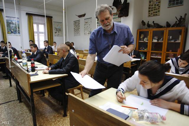 Matematika érettségi előtt a nagykanizsai Batthyány Lajos Gimnáziumban