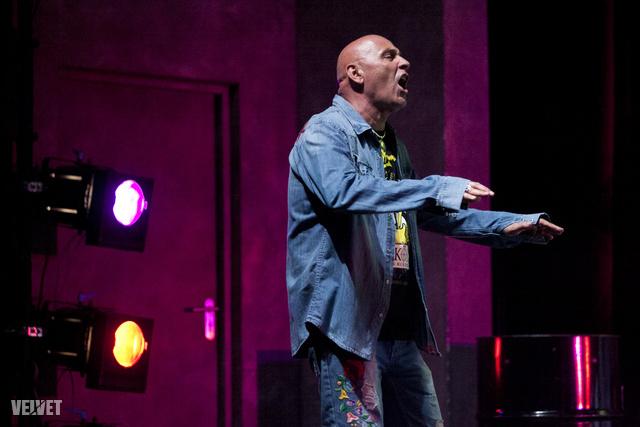 Pataky Attila maga is megjelent a színpadon.