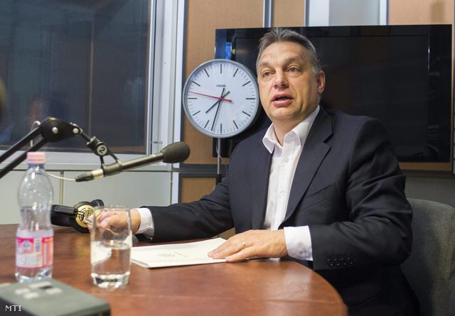 Orbán Viktor az MR1 studiójában