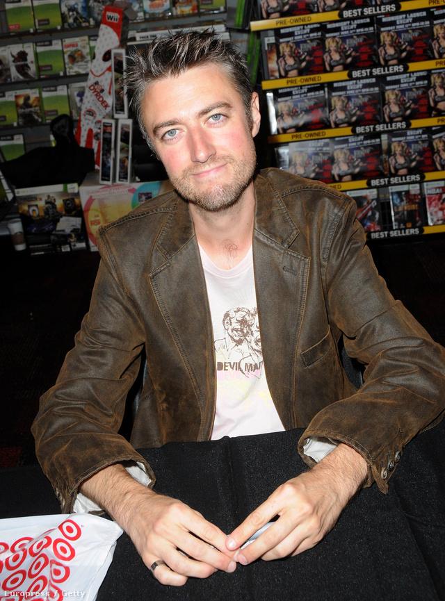 Sean Gunn - Kirk Gleason