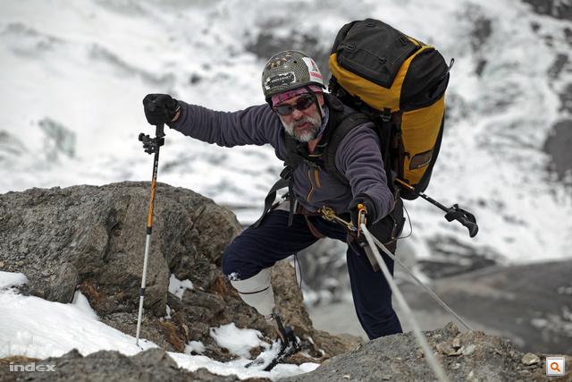Erőss Zsolt expedíciója az Annapurnán 2012-ben. Nagykép