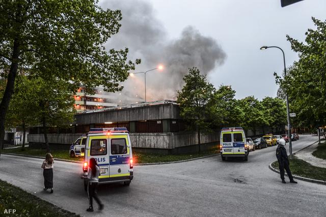 Füst száll fel az egyik külvárosi negyedből