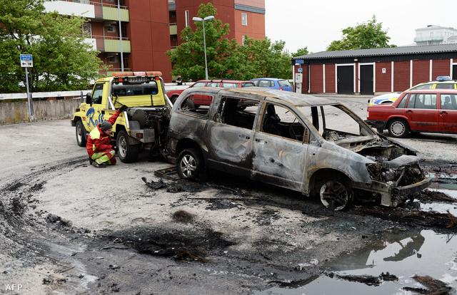 Felgyújtott autó Stockholmban