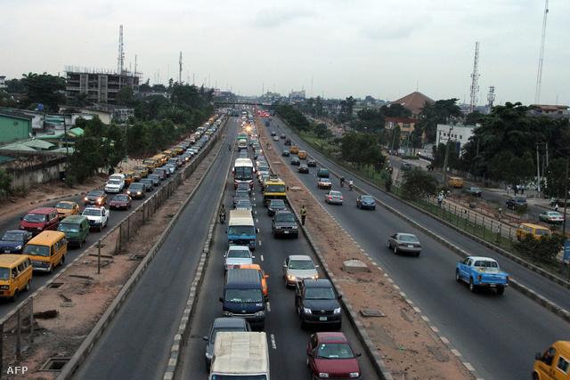 Dugó egy nigériai autópályán