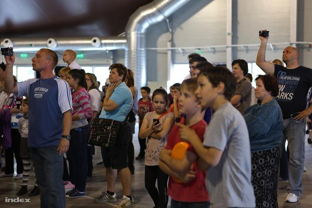 Akiknek állami bulik nélkül összejött: családapák és családanyák
