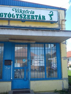 A Viktória Gyógyszertár helyén is nemzeti dohánybolt nyílik