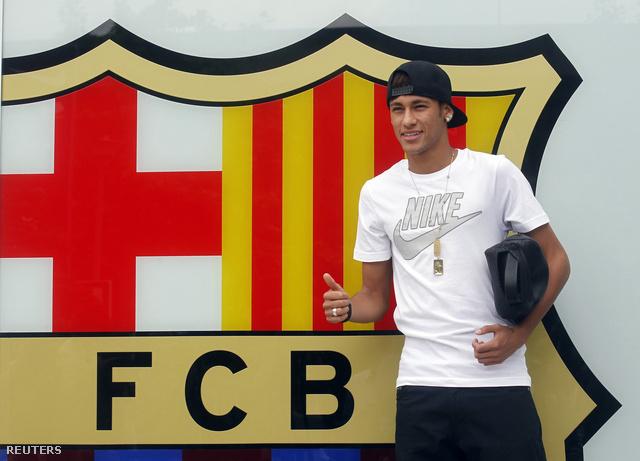Az első képek egyike Neymarról a Barcánál