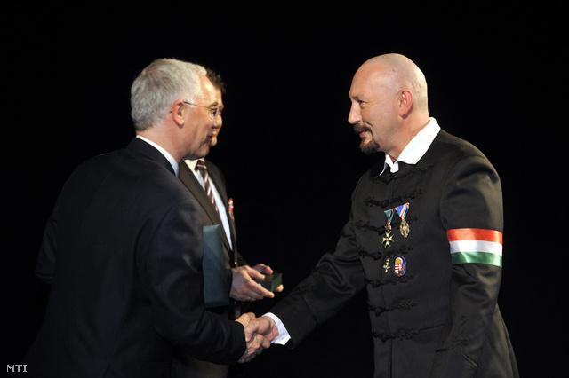 Petrás Jánost március 14-tüntették ki a Magyar Arany Érdemkereszt polgári tagozatával