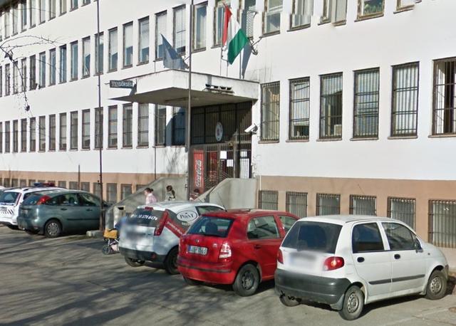A Váci Rendőrkapitányság épülete a Google utcatérképén