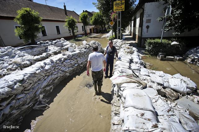 A Mainzi utca és a Váci út sarka, ahol a vízbetörés történt