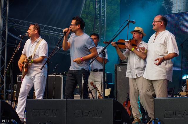 A Csík zenekar és Lovasi András