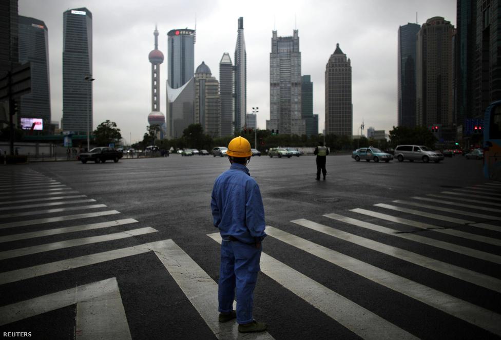 A kínai pártvezetés sokszor felhívta rá a figyelmet, hogy nem csak öt- vagy tíz-, hanem ötven- és százéves távlatban gondolkodik. De ha a dolgok így mennek tovább, akkor aligha töltik ki ezt a hosszú mandátumot.