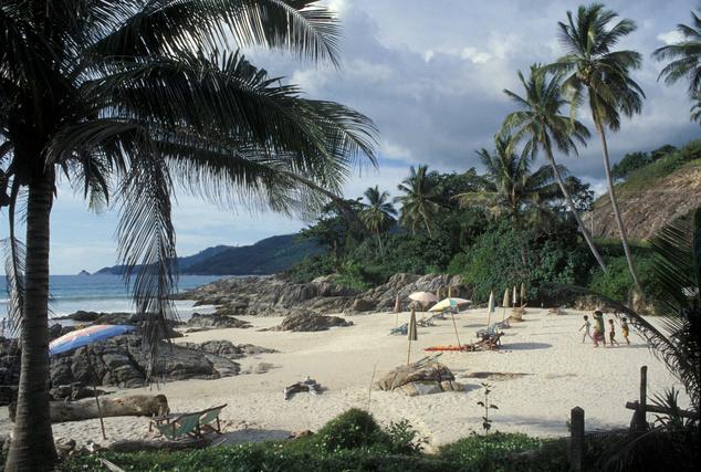 Thaiföld: Phuket és a kókuszpálmák
