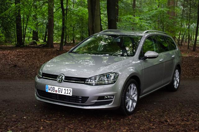 Totalcar - Tesztek - Bemutató: Volkswagen Golf Variant - 2013.