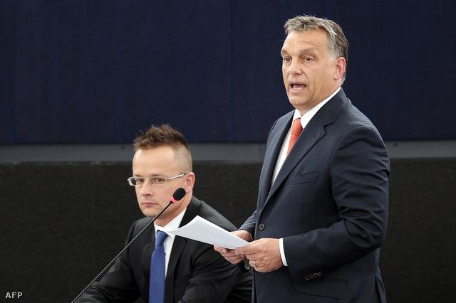 Szijjártó Péter és Orbán Viktor az Európai Parlament plenáris ülésén