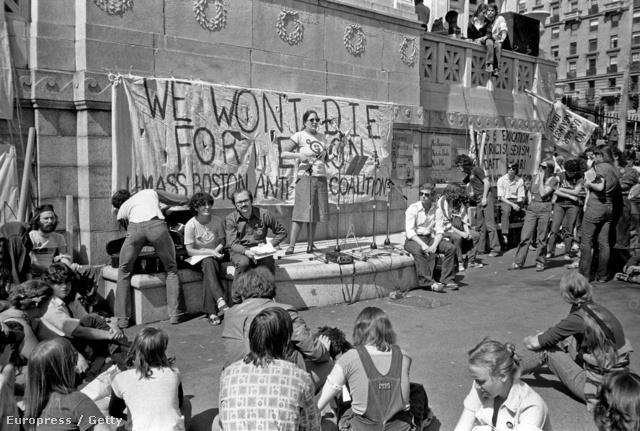 Egy bostoni tüntetés a melegek jogaiért, 1970-ben